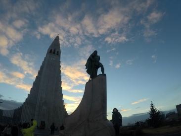 Hallgrímskirkja & Leif Eriksson statue.
